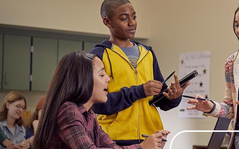 Microsoft Bildungsstudie Abschlussklasse 2030: Header Image