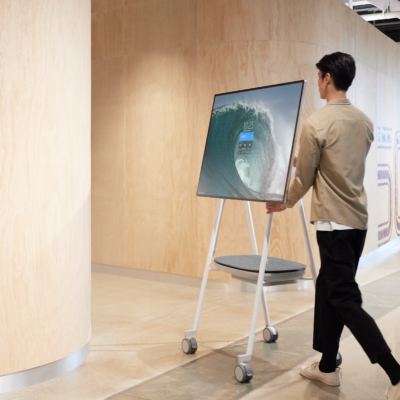 Surface Hub 2S 利用イメージ 3